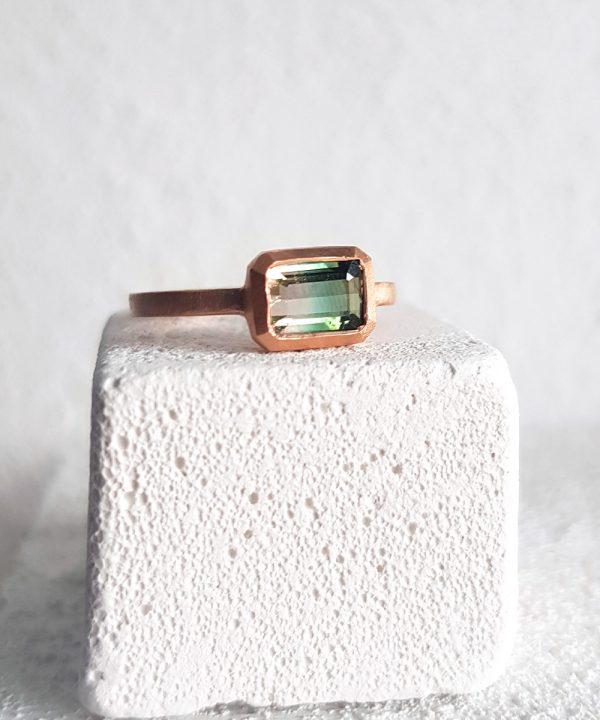 watermelon-tourmaline-rose-gold-engagement-ring-chloe-solomon-